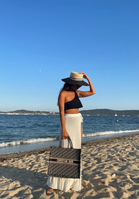 HANNAH Black ruffled bikini top -  Swimwear