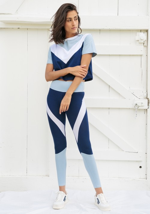 PEARL bleu-blanc Tricolored asymmetrical cropped t-shirt with short sleeves -  Active wear